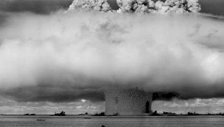 De ce Ceaușescu nu și-a putut vedea visul cu ochii: bomba atomică?