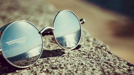 Cum au apărut ochelarii de soare? Cine a inventat ochelarii de soare?