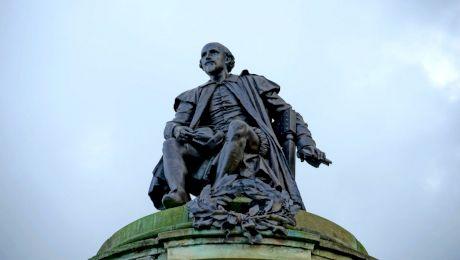 Care sunt cuvintele inventate de William Shakespeare folosite și astăzi?