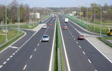 Care sunt diferențele dintre un drum express și o autostradă?