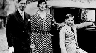 Cum s-a răzbunat Carol al II lea pe mama sa adulteră în ultimii ani de viață?