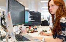 Care sunt efectele benefice și riscurile dezvoltării tehnologiei?