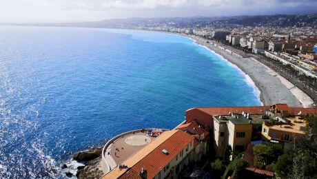 Cât costă un șezlong la Mamaia? Dar în Grecia sau pe Coasta de Azur?