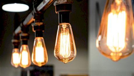 Care este diferența dintre lumina caldă și lumina rece?