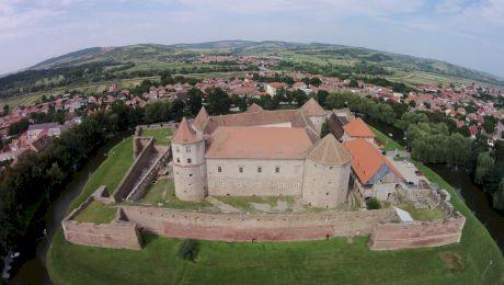Cetatea Făgăraș. Curiozități despre cea mai bine conservată construcție medievală din sud-estul Europei