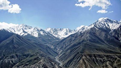 """De ce Munții Pamir sunt supranumiți """"Acoperișul lumii""""?"""